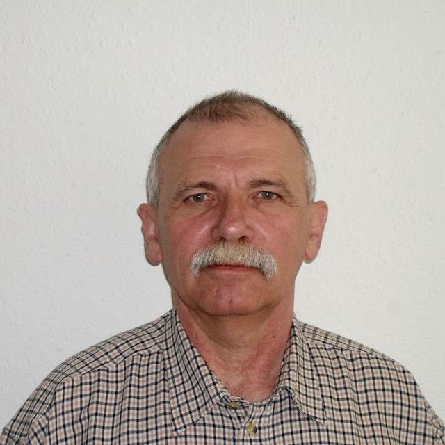 Zengő László