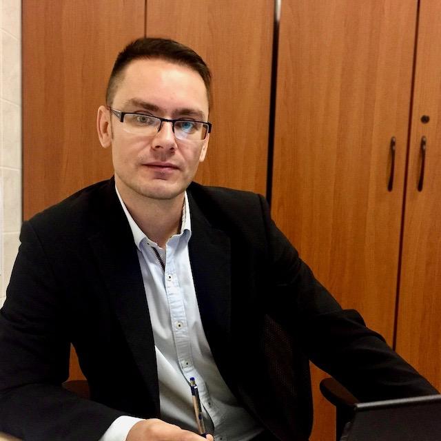 Károly Zsákai